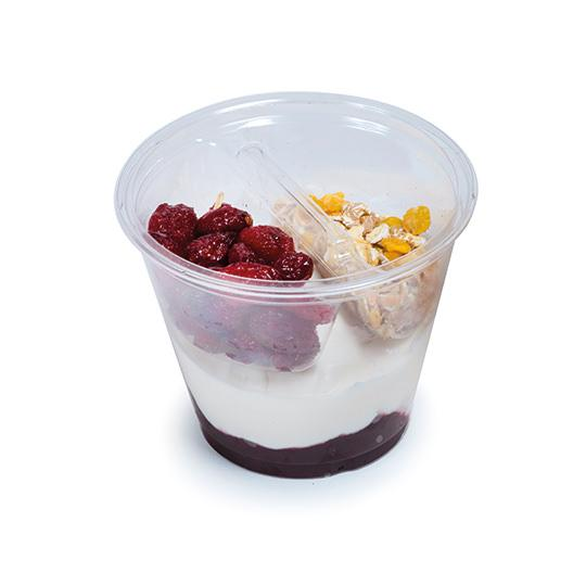 Yogur con frutos rojos